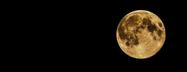 Une photo de la pleine Lune.