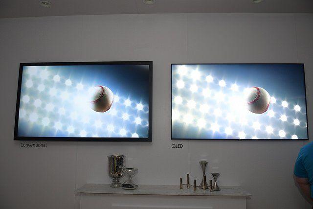 Les écrans plats LG présentés au CES 2017.